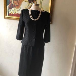 Vintage Maggy London skirt suit